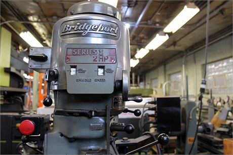 MMI-Auction - BRIDGEPORT SERIES 1 - VERTICAL MILLING MACHINE